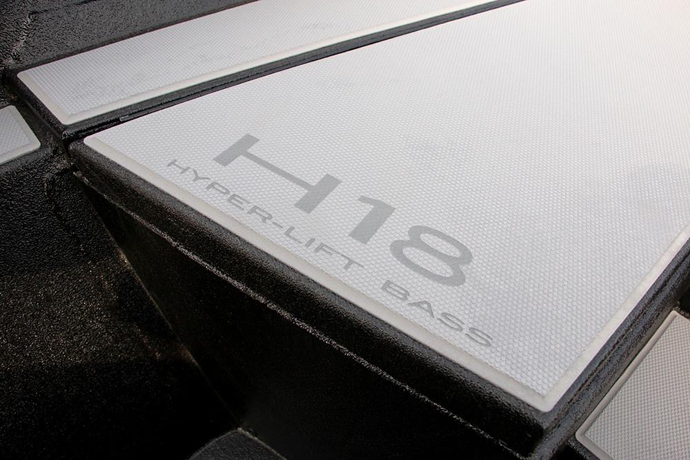 H18-10.jpg