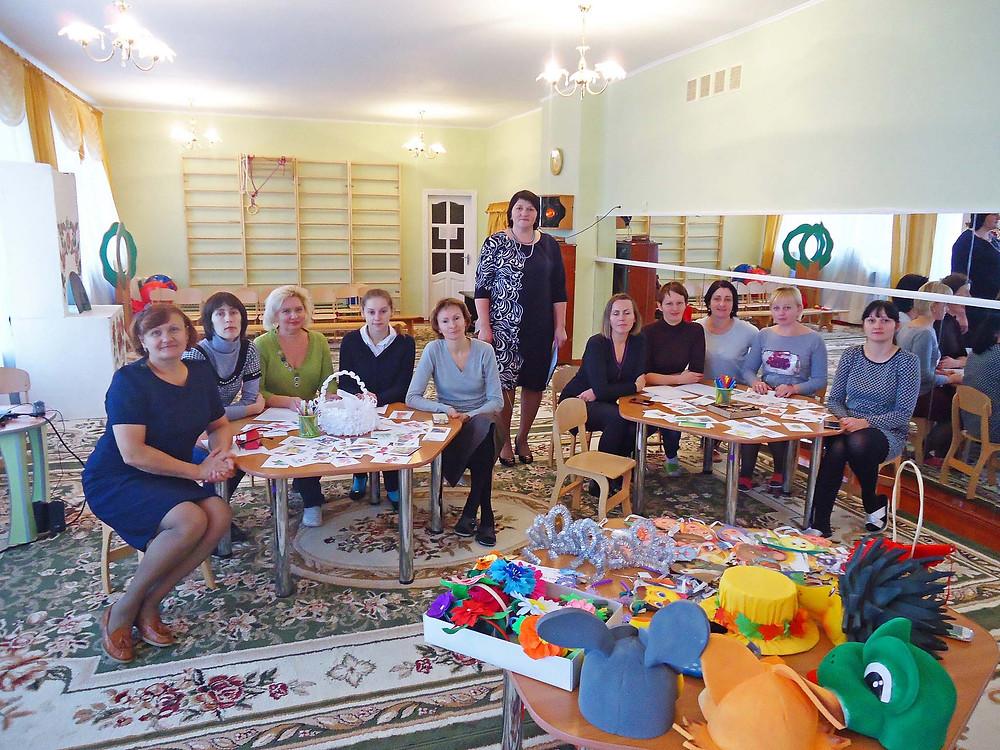 Круглий стіл з педагогами «Казкотерапія, або виховання дитини казкою»