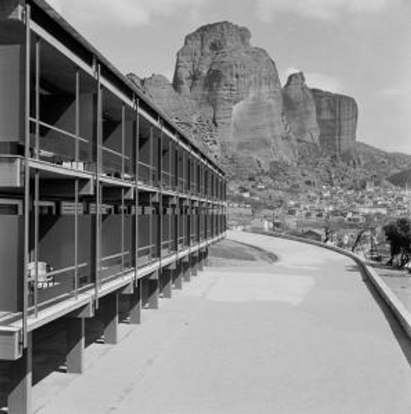 Xenia Motel at Meteora by Aris Konstantinidis (1960). Xenia was a nation-wide hotel construction program initiated by the Hellenic Tourism Organisation during the 1960s and 1970s. It constitutes one of the largest infrastructure projects in modern Greek history. Photo source: tourismlandscapes.