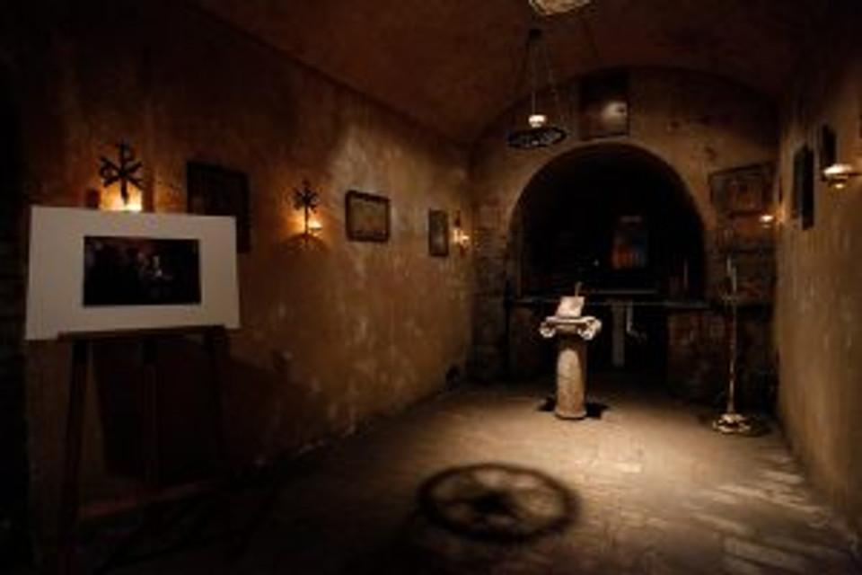 The crypt. © Nick Paleologos / SOOC.