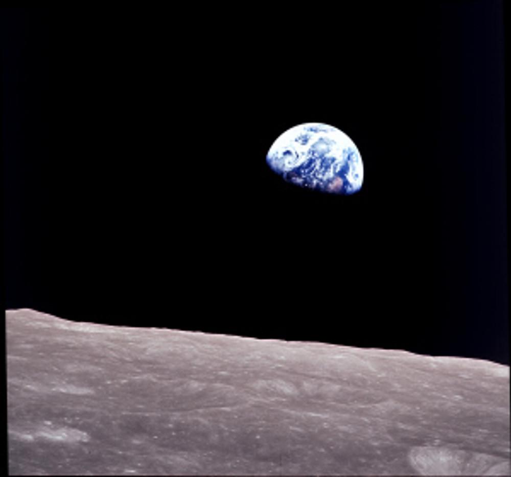 William Anders, Earthrise, 1968 © NASA