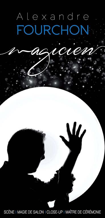 alexandre fourchon jeune magicien breton magie des grandes illusions numéro de colombes magie interactive magie humoristique magie visuelle jeune talent breton eleve officiel de gerald le guilloux
