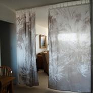 Light permeable curtain wall