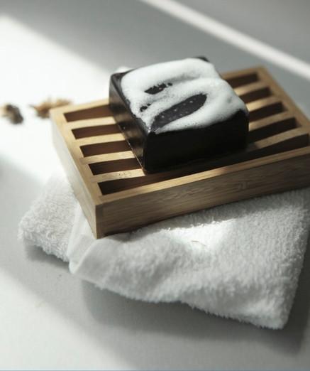 CD Propolis Manuka Honey Soap 02.jpg
