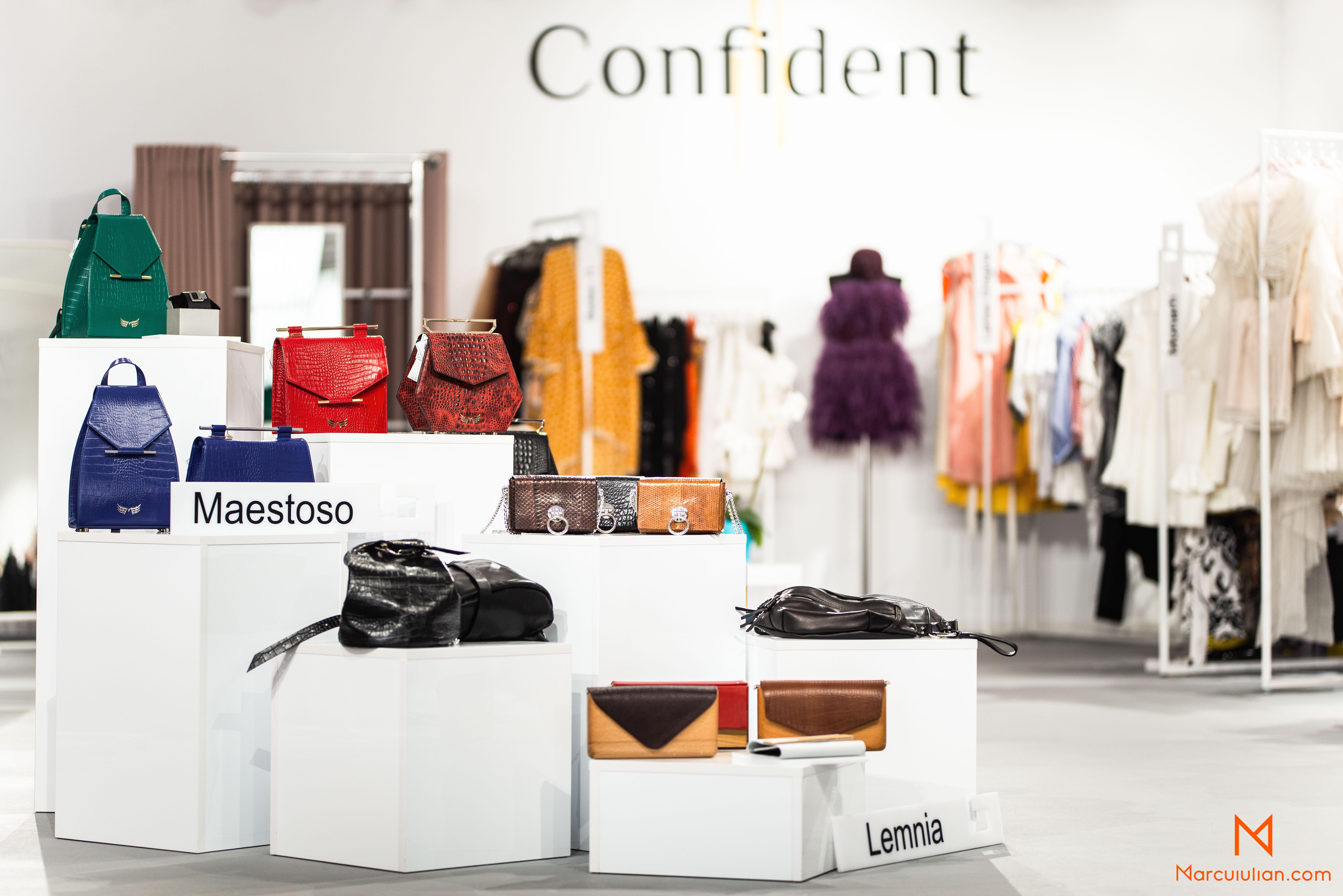 produse, posete, genti, haine, moda