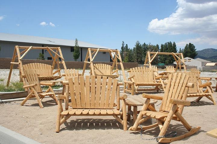 interiorsbbl_furniture_outdoor_main_log.JPG