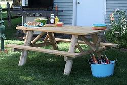 interiorsbbl_furniture_outdoor_lakeland_picnictable.jpg