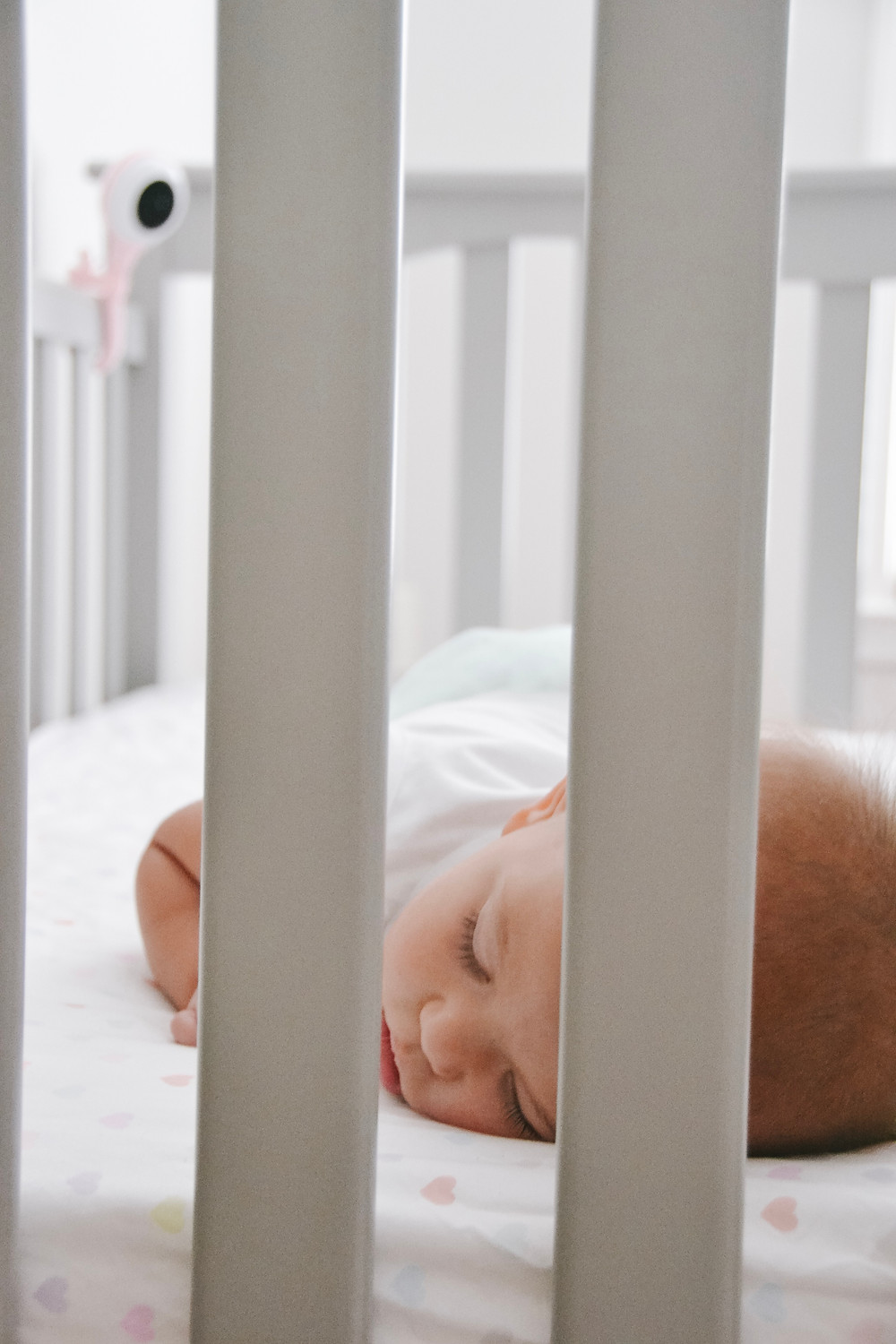 baby-sleeping-infant-sleep-tips-for-new-moms-lollipop-baby-monitor