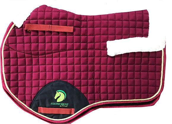Podsedlová deka s beránkem, korekční deka na koně, burgundy
