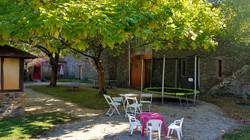 cour intérieure : trampoline