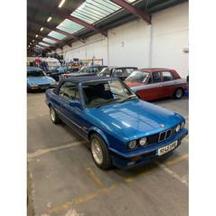 1992 BMW 318i, (E30)