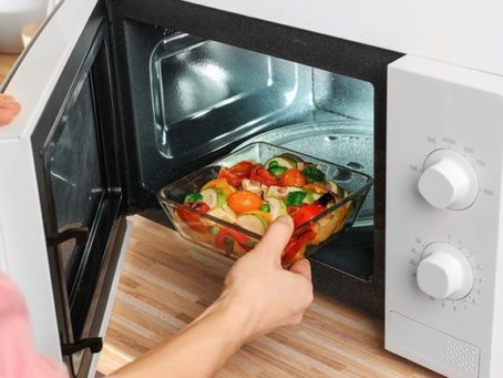 Mistakes To Avoid While Using Your Microwave Oven