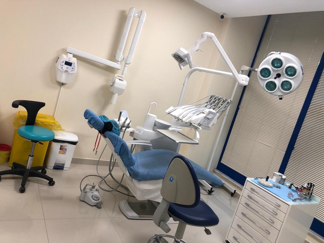 clinica dentale Albania