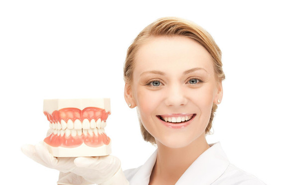 protesi-dentali-mobili-dentiera.jpg