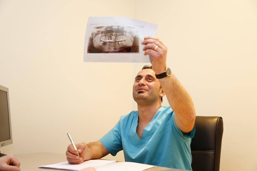 Clinica dentista in Albania