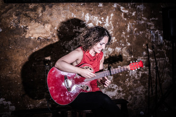 Camilla Mathias @ Las Cuevas del Sorte, Barcelona, by MCH Photography