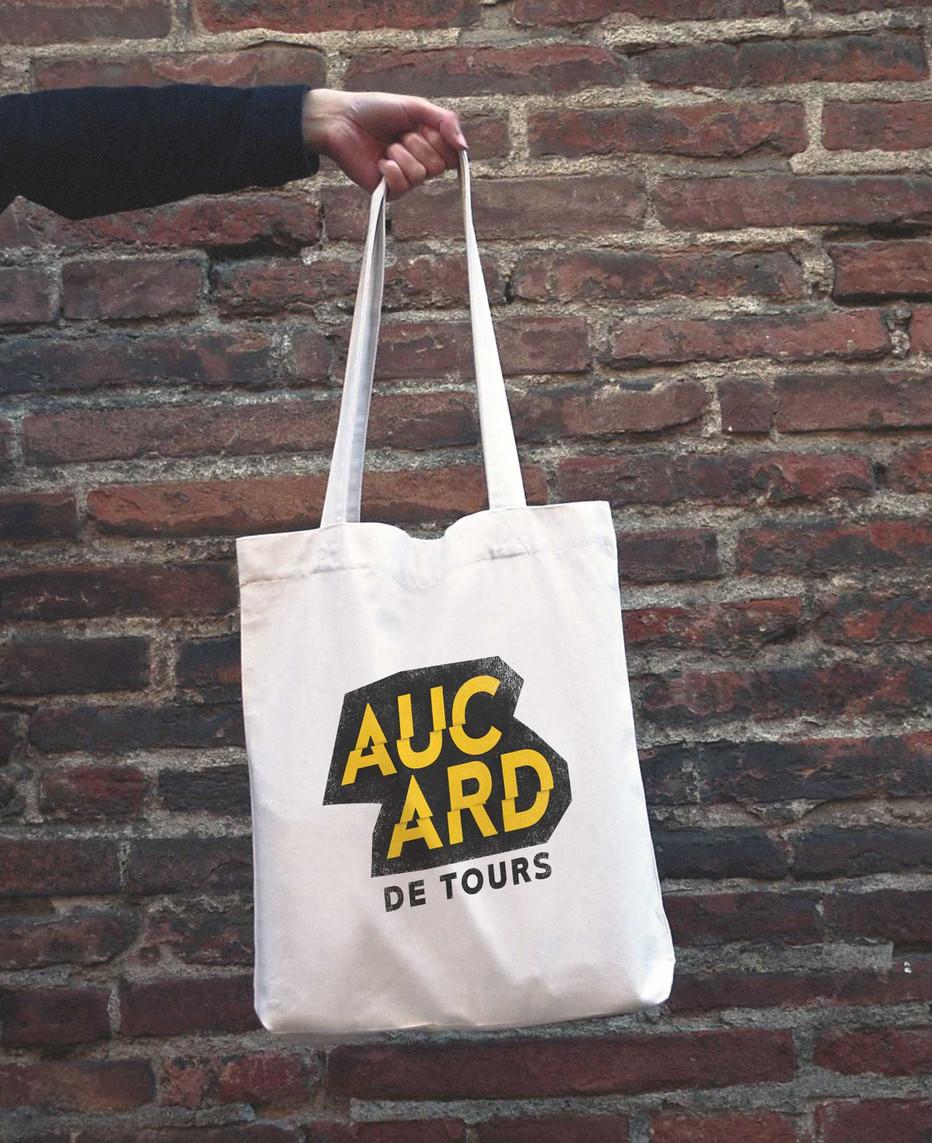 AUCARD_5.jpg