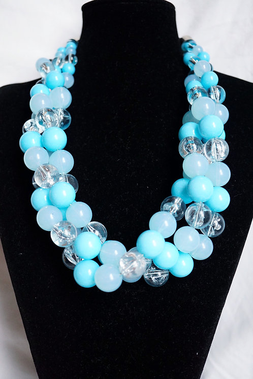 Baby Blues Pealrls Necklace