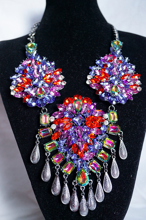 DR Inspired 300 Rhinestones Necklace