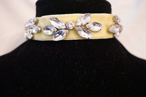 Pastel Yellow Spring Diamond Choker
