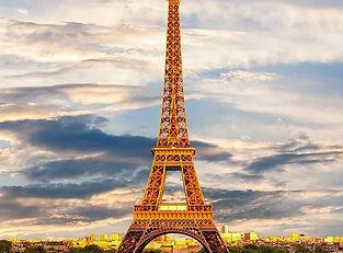 20年ほど前。__堀江にあるフランス語教室に通い始めた。_それから、フランス文化