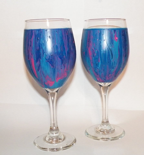WINE GLASS CLASS DIPPING