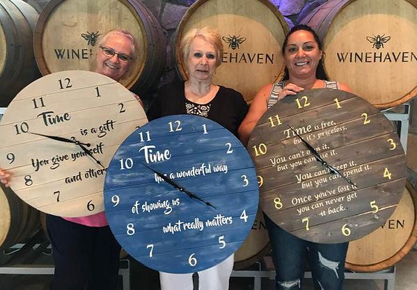 DIY Pallet Clocks