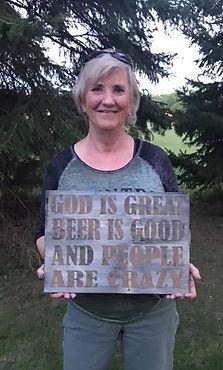 DIY Pallet Sign God Is Great