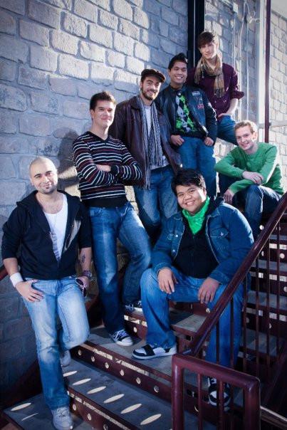 Those Guys in 2009. (L-R) Sheldon, Mike, Ben, Bernie, Dexter, Jeremy, Derek.  Photo by Bobby Navasca