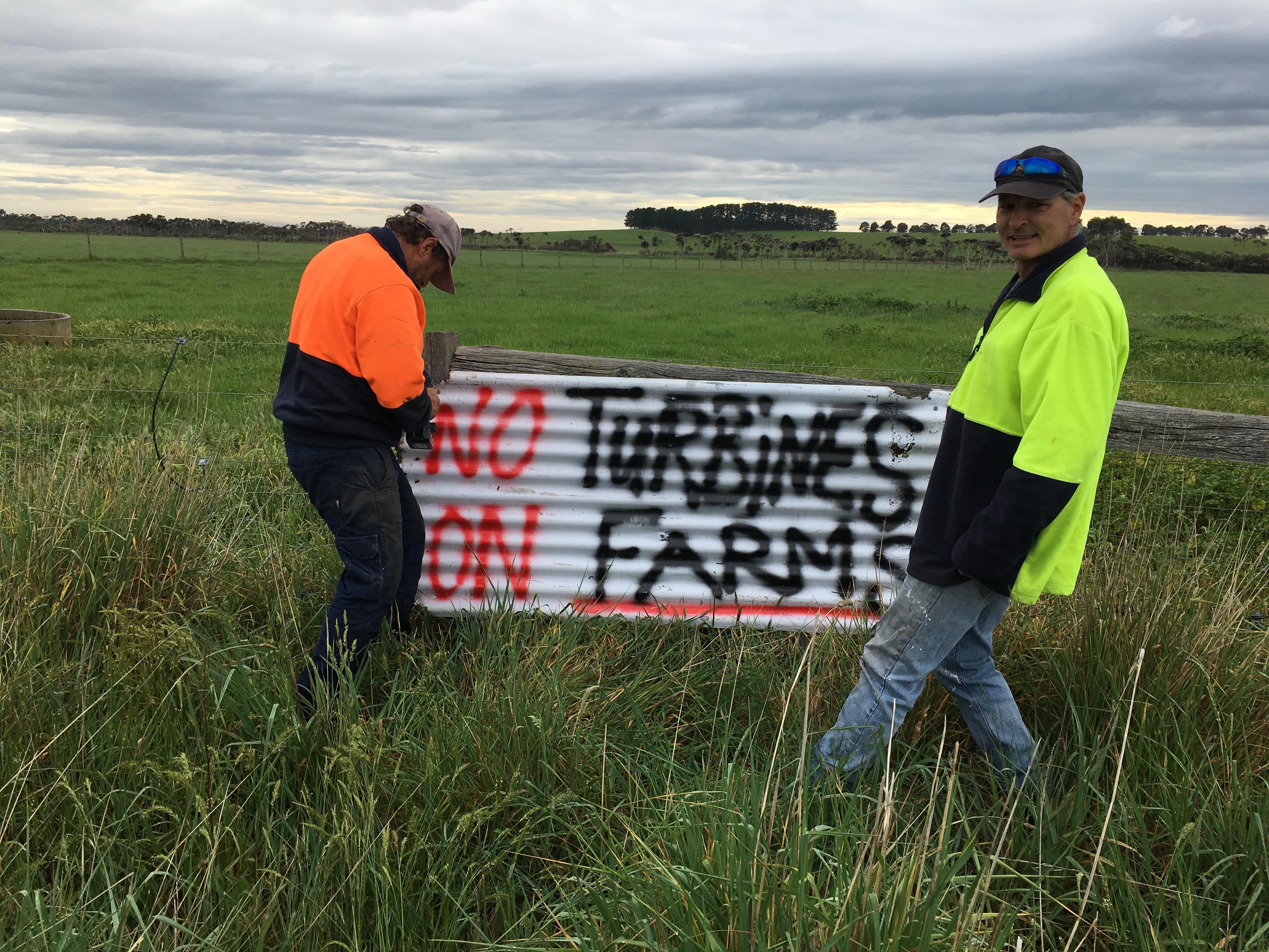 No turbines sign in paddock