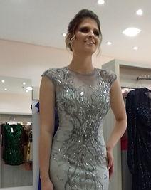 Vestidos de festa em prata brilhante em Curitiba