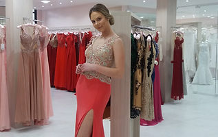 Vestido de festa rosa e dourado