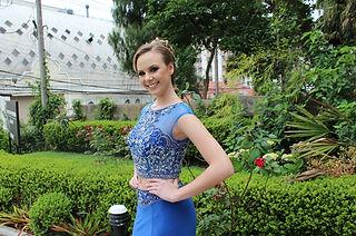 Vestido de festa azul de duas peças