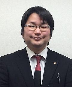 名古屋打中1丁目店 西村 智善店長1_edited.jpg