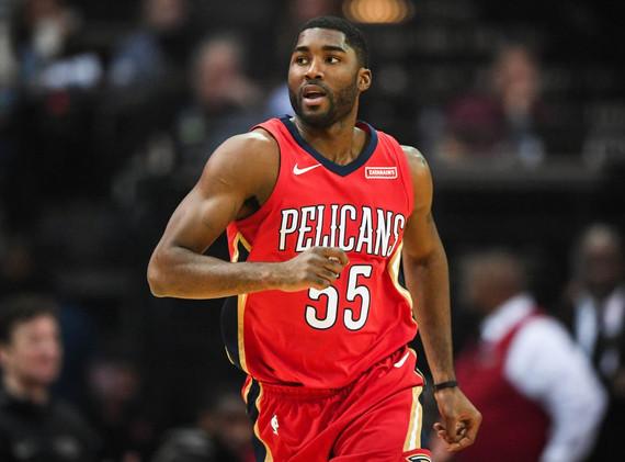 E'Twaun Moore, Pelicans To Suns