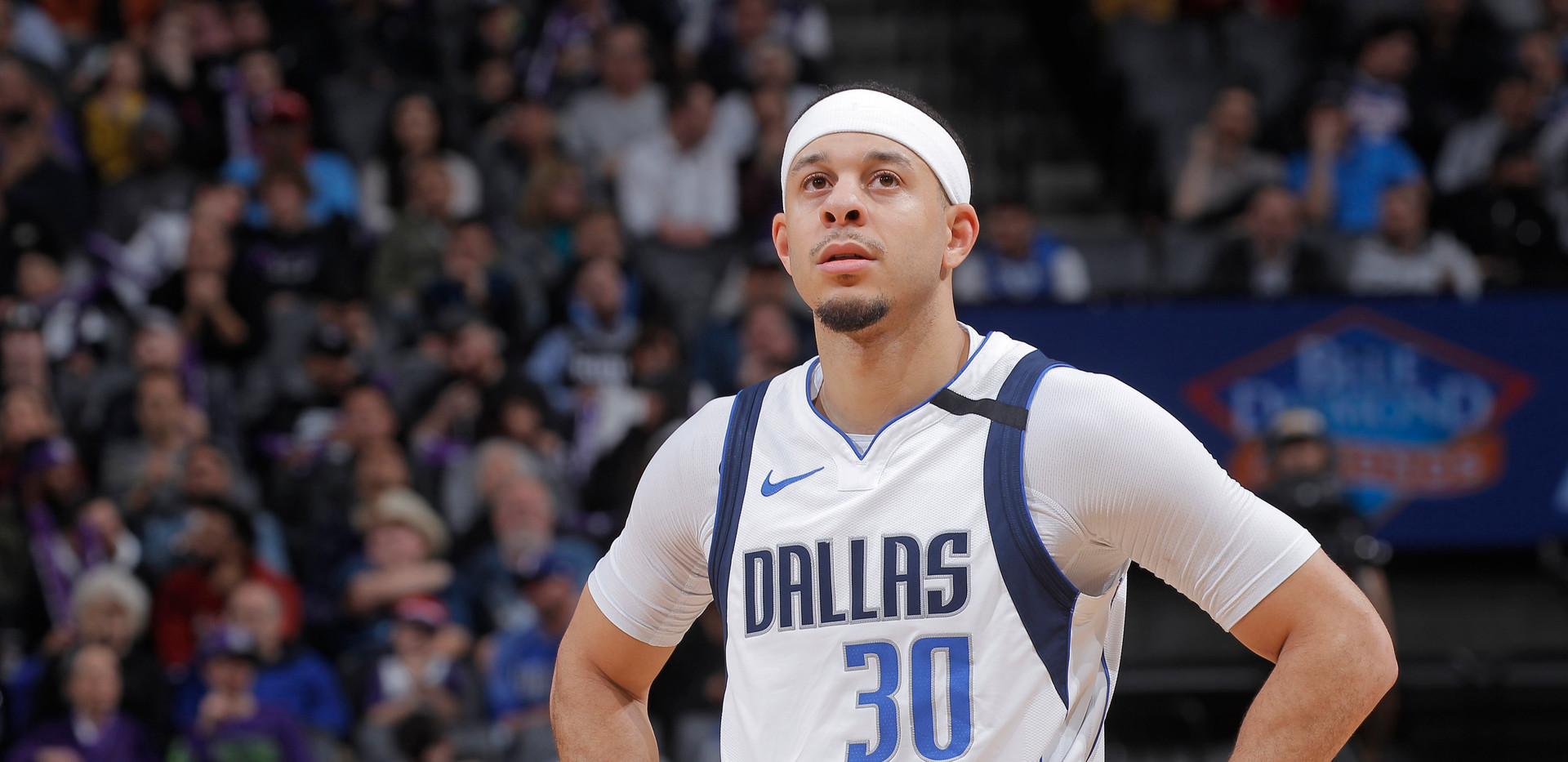 Seth Curry, Mavericks to 76ers