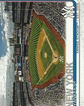 YankeesTeam_19ToppsFront_edited.jpg