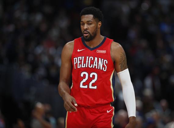 Derrick Favors, Pelicans to Jazz