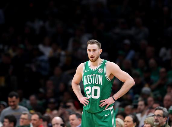 Gordon Hayward, Celtics to Hornets