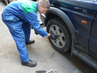 Apprentice training;Project 1. How to renew a Land Rover Discovery TD5 front wheel bearing