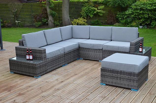 Угловой диван с гарнитурой + стол