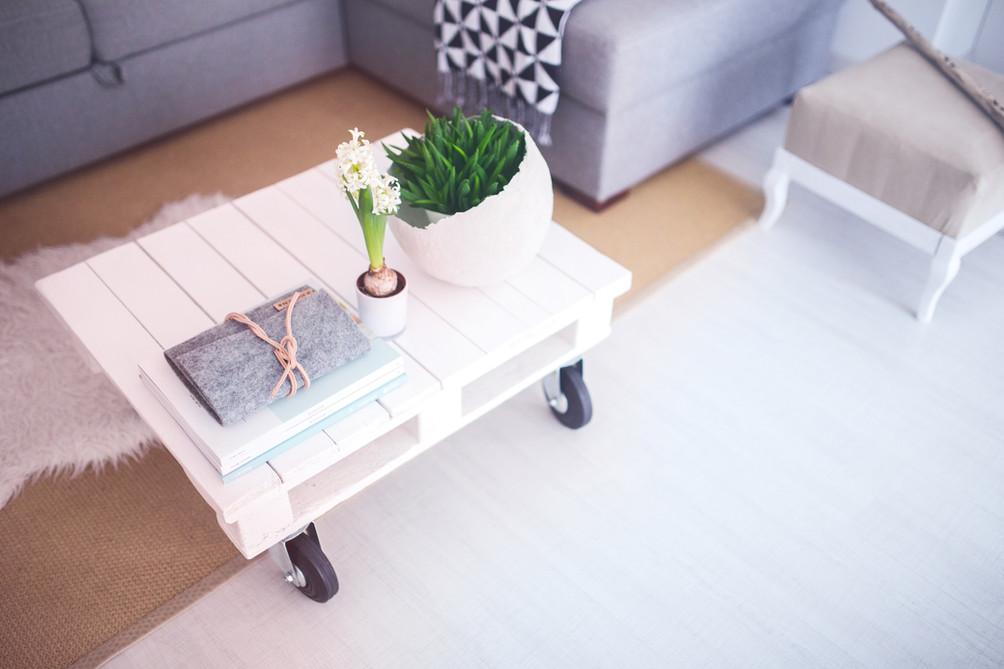 Helles Wohnzimmer, durch Sie gestaltet