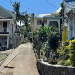 Rue du paisible village de Baie du Cap