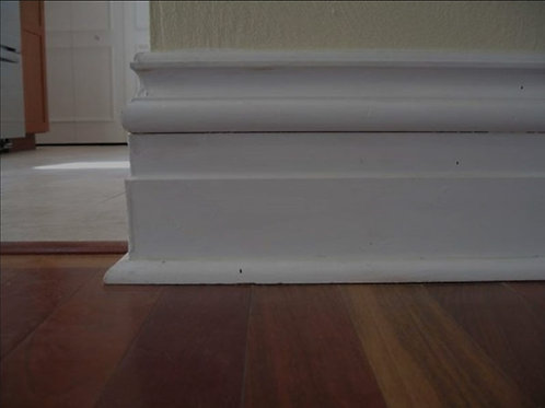 Baseboard cleaning for entire space