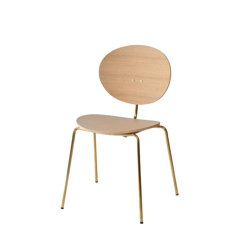 Ovni Side Chair Natural Front Quarter View