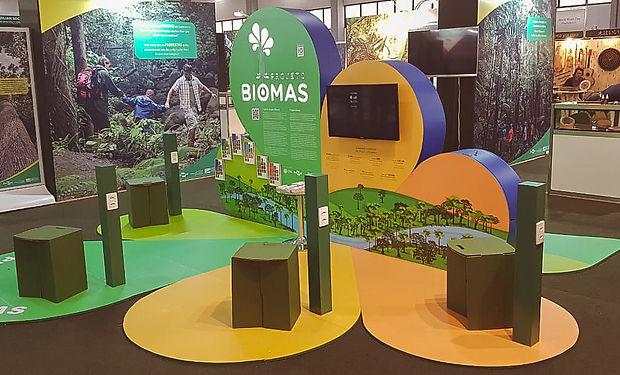 Estande Biomas 5.jpg