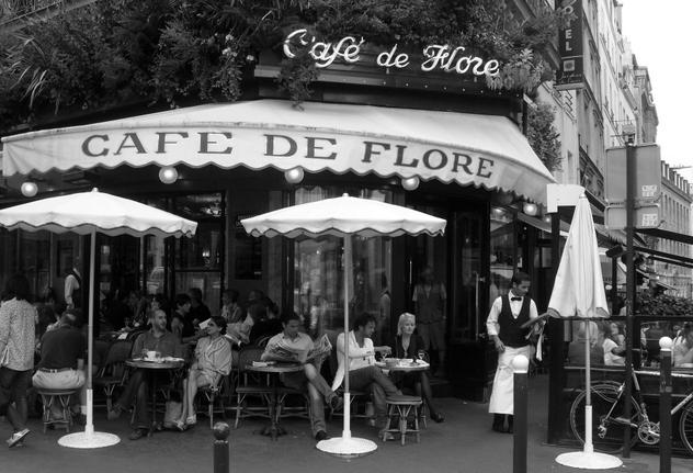 Cafe_Flore_w_waiter