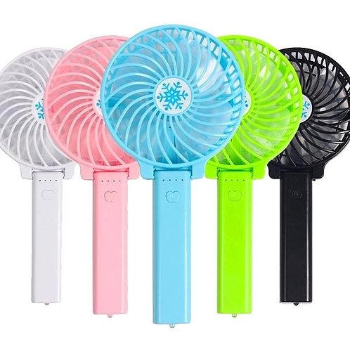 Mini ventilador recargable.