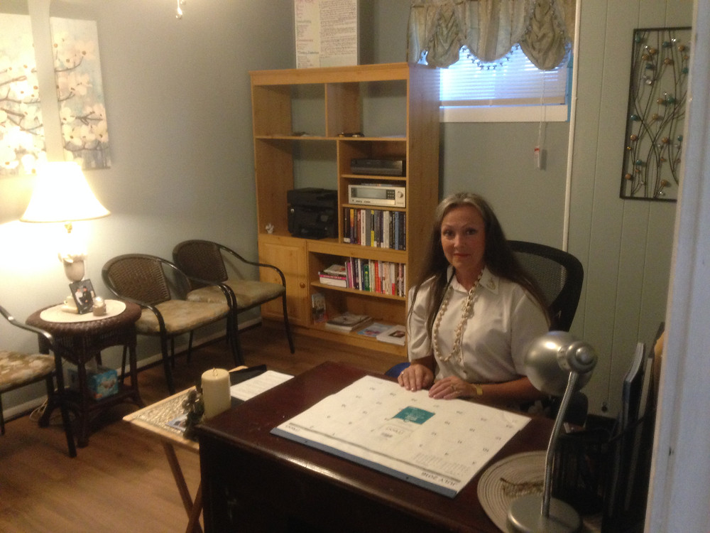 Clinician is at her office to help others eradicate stinking thinking.