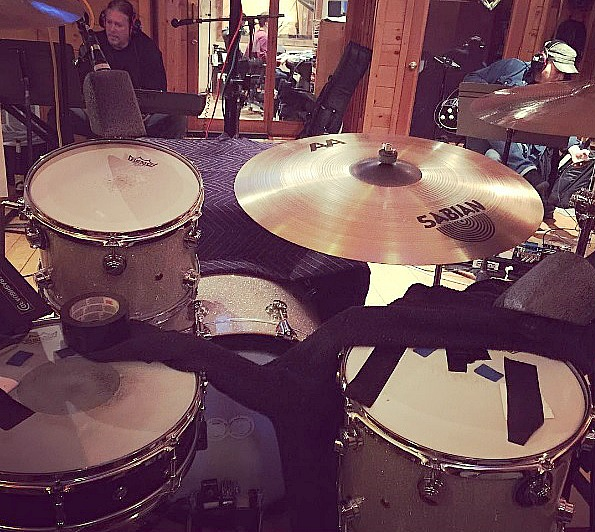 Tommy Harden in session in Nashville-Snare & Floor Tom muffling with his Beier 1.5 Steel--4 x 15~